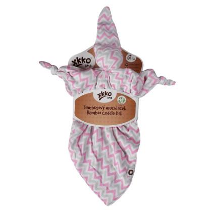 Bambusový muchláček XKKO BMB - Baby Pink Chevron